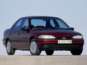Ford Mondeo I Седан 1993 – 1996